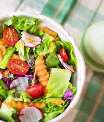 Salade pour une alimentation crue